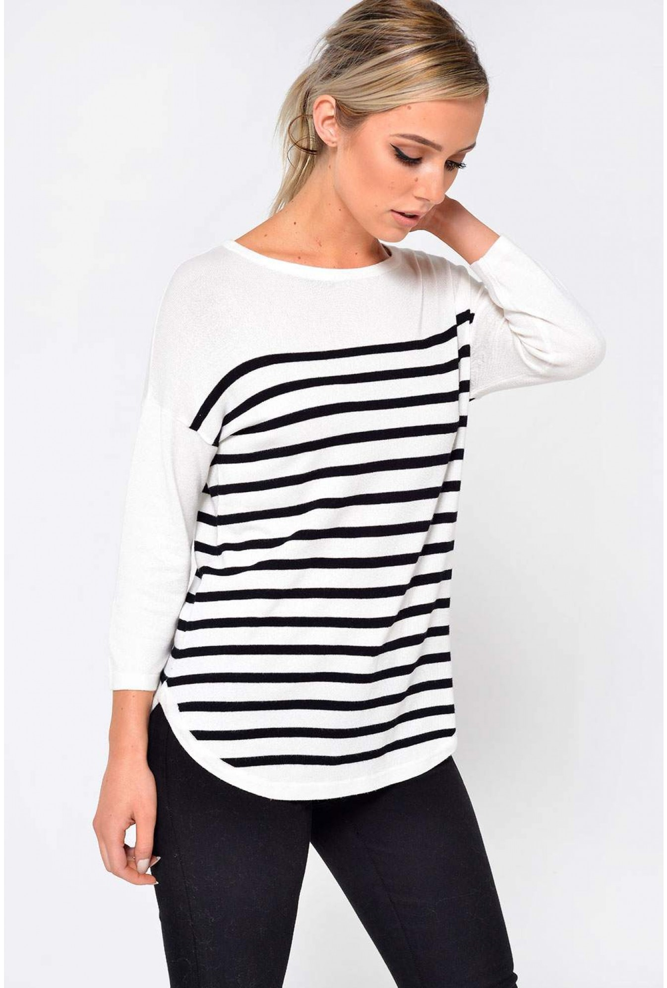453645b9161 Jacqueline De Yong Crush 3 4 Sleeve Top in Black Stripe