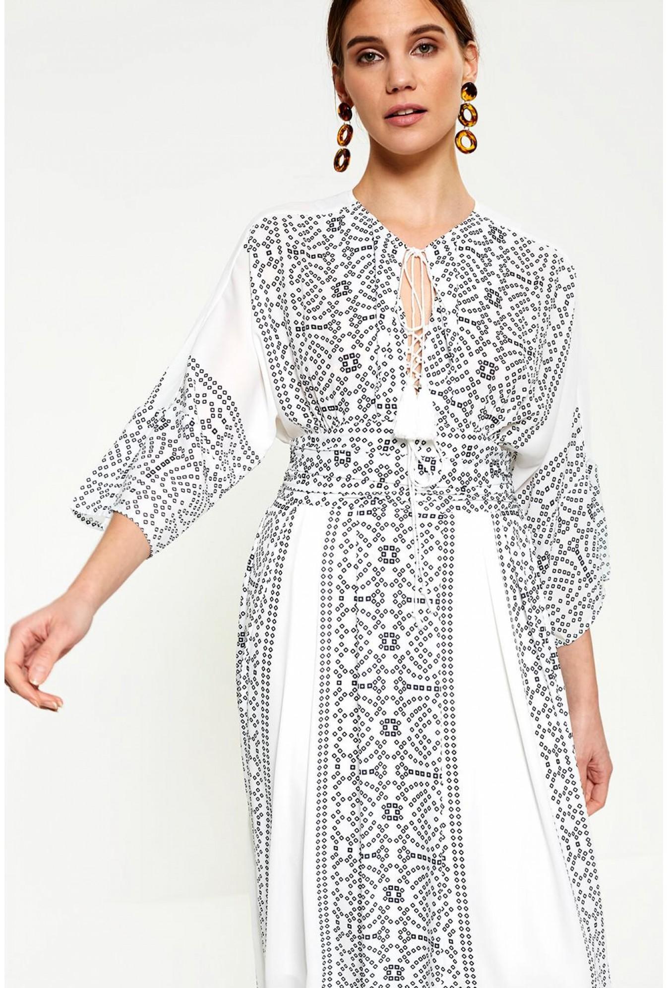 9c978b9dfd Darling Chiara Monochrome Maxi Dress in White