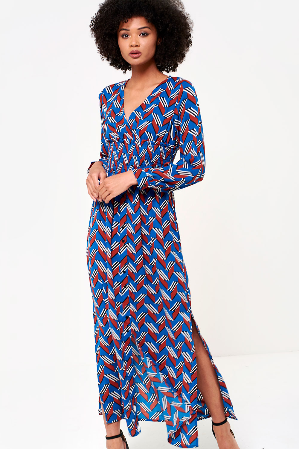 a69abe0411d exquiss Charlie Long Sleeve Maxi Dress in Blue Geometric Print ...